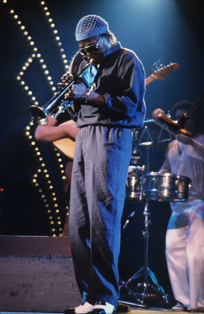 Miles Davis - Théâtre St-Denis, le 11 juillet 1982 (photo: Robert Etchevery).