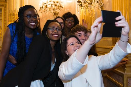 Les vainqueurs en plein #SelfieAssembléeNationale.