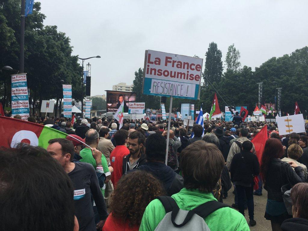 Quand la France est insoumise, elle le dit ET elle l'écrit.
